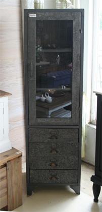 Les meubles neufs vendus for Meuble colonne industriel