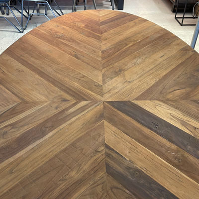 table_effet_parquet_ovale